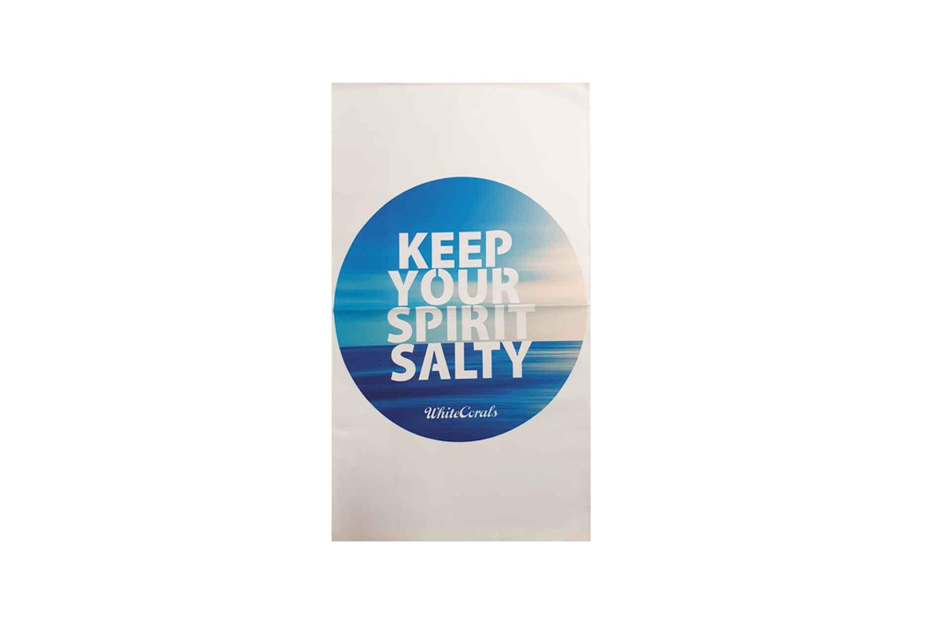 """Whitecorals Mikrofaserhandtuch mit Motivdruck """"Salty Spirit"""""""